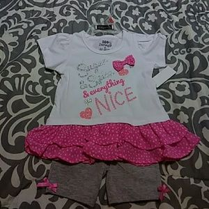 💕Nwt Gorgeous tutu outfit with shorts 2T